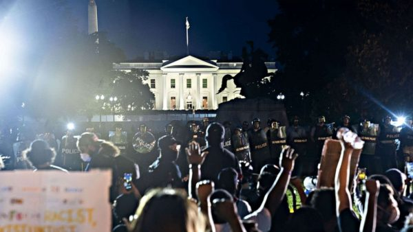 white-house-protests-1-sh-rc-200531_hpMain_16x9_992